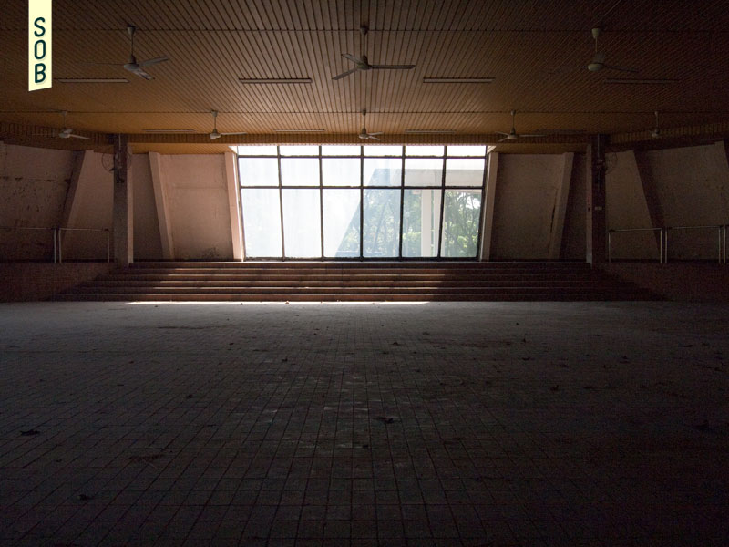 Abandoned canteen of the German / French-Singapore Institutes in 2013