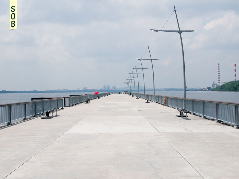 The jetty at Woodlands Waterfront Park