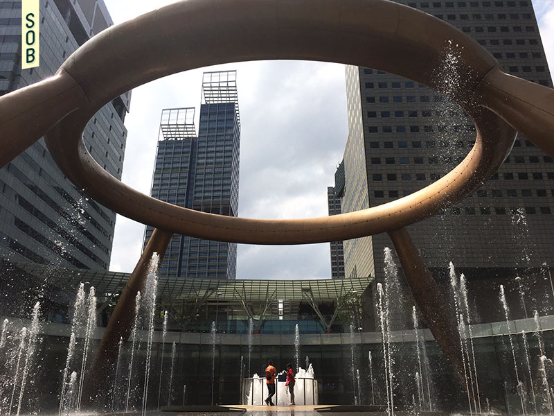 Fountain of Wealth Singapore Suntec City good luck touch
