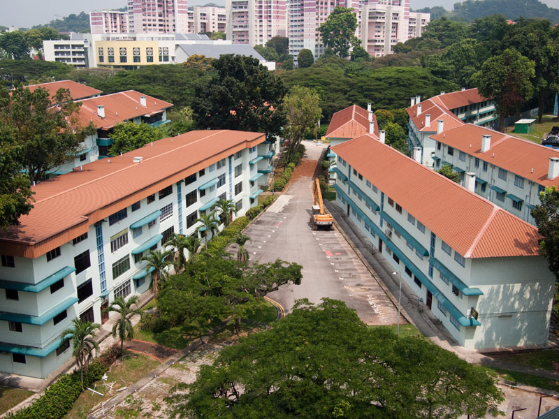 Kampong Silat Estate in 2013 before the rear blocks were demolished