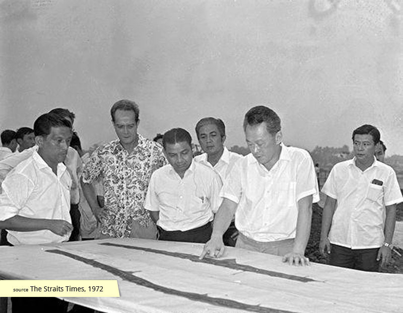 Mr Lee Kuan Yew inspecting the plans for the East Coast Park reclamation scheme