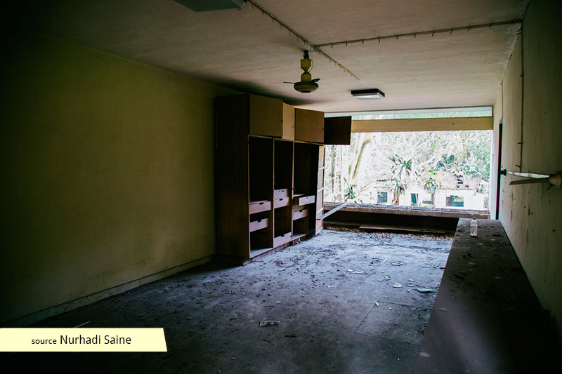 Abandoned room of the former Tanglin Hill Bruneian Hostel