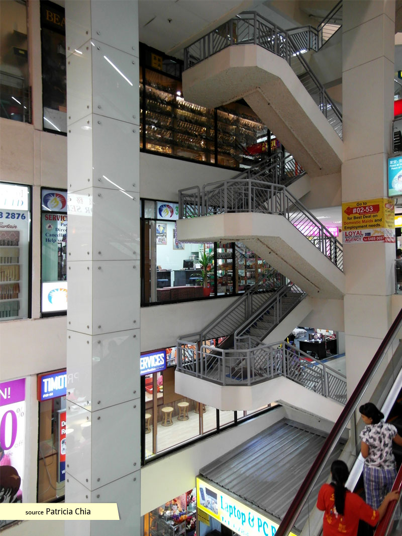 Cantilevered stairs at Bukit Timah Shopping Centre
